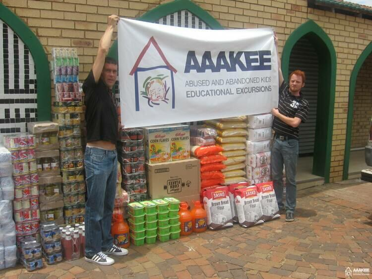 - AAAKEE donates food to Jumma Musjid children